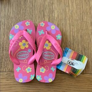 Havaianas, pink floral,25-26, wide strap, kids,new